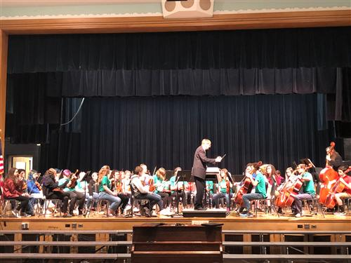 Dr. Witakowski working with Symphonic Orchestra - 2018